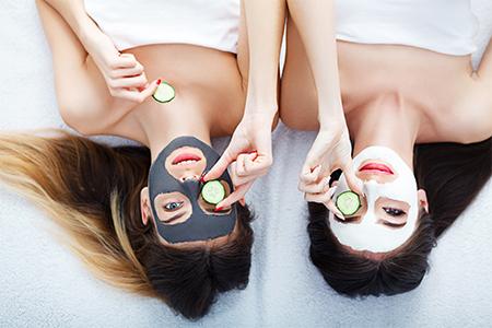 Routine quotidienne : Détoxication et nettoyage profond de la peau