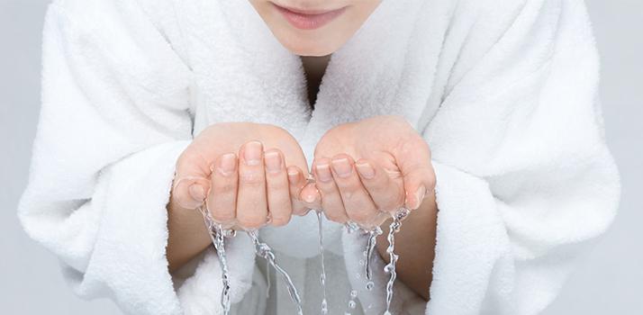 laver son visage