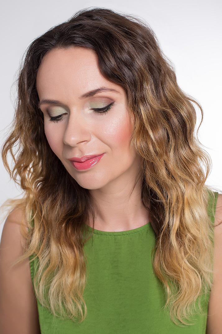 Maquillage vert complet
